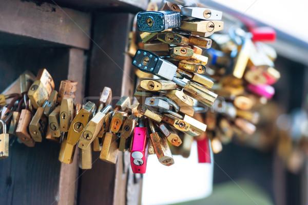 Foto stock: Muitos · amor · ponte · casamento · cidade · casal