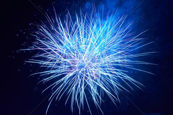 Bleu coloré feux d'artifice noir ciel feu Photo stock © vapi