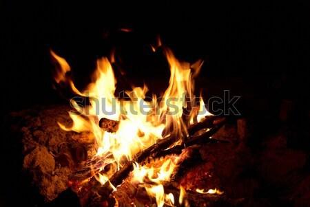 Foto stock: Fogueira · vermelho · brilhante · preto · abstrato · noite