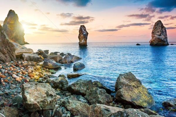 Wygaśnięcia morza powyżej duży skał krajobraz Zdjęcia stock © vapi