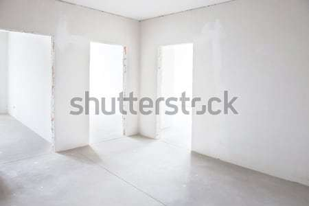 Alb cameră copac trei gol interior Imagine de stoc © vapi
