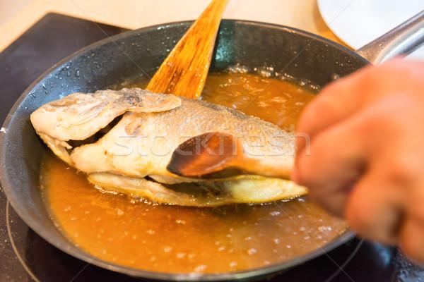 Koken vis visolie schaal restaurant Stockfoto © vapi