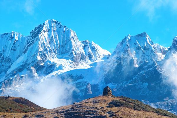 Stockfoto: Bergen · gedekt · sneeuw · hoog · hemel · gras