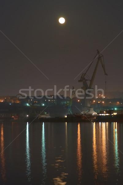 Nuit ville pleine lune réflexions ciel lumière Photo stock © vapi