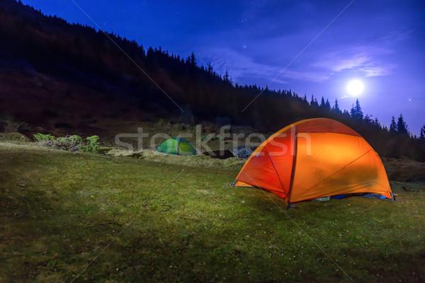 Foto stock: Dois · laranja · verde · camping · lua