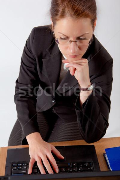 Iş kadını bilgisayar kadın çalışmak dizüstü bilgisayar Stok fotoğraf © varlyte