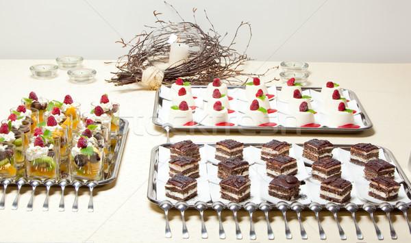 çöl kekler çok farklı hizmet restoran Stok fotoğraf © varlyte
