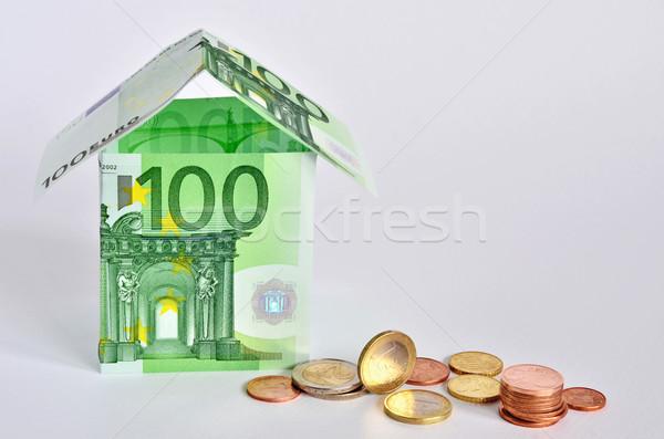 Euro ház szimbolikus kevés bankjegyek érmék Stock fotó © Vectorex