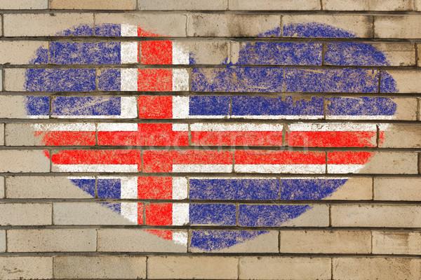 Forma de coração bandeira Islândia parede de tijolos coração Foto stock © vepar5