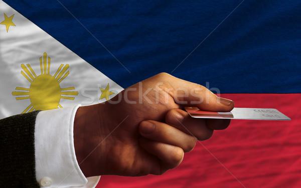 Vásárol hitelkártya Fülöp-szigetek férfi nyújtás ki Stock fotó © vepar5