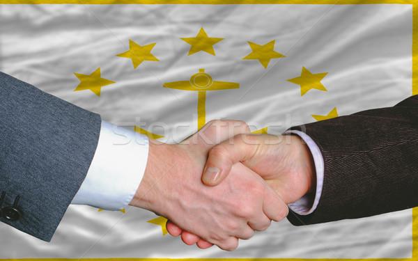 Americano bandeira Rhode Island dois empresários aperto de mãos Foto stock © vepar5