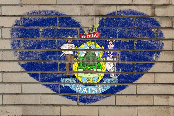 Kalp şekli bayrak Maine tuğla duvar kalp Stok fotoğraf © vepar5