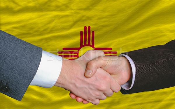 Amerikan bayrak New Mexico iki işadamları el sıkışmak Stok fotoğraf © vepar5