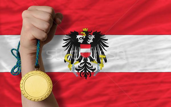 Médaille d'or sport pavillon Autriche gagnant Photo stock © vepar5