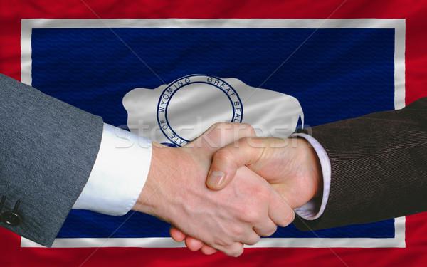 アメリカン フラグ ワイオミング州 2 ビジネスマン 手 ストックフォト © vepar5