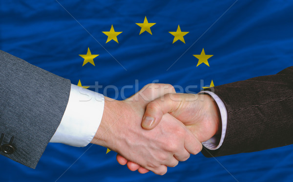 Affaires handshake bon face Europe pavillon Photo stock © vepar5