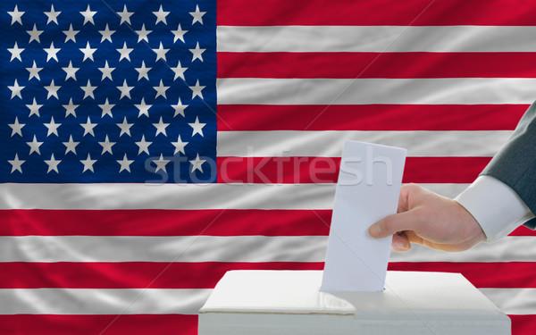 Férfi szavazás választások Amerika szavazócédula doboz Stock fotó © vepar5