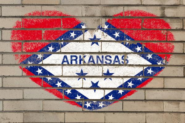 Forma de corazón bandera Arkansas pared de ladrillo corazón Foto stock © vepar5