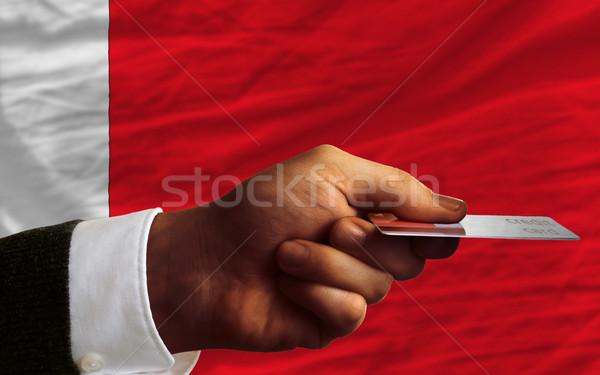 Compra cartão de crédito Bahrein homem fora Foto stock © vepar5