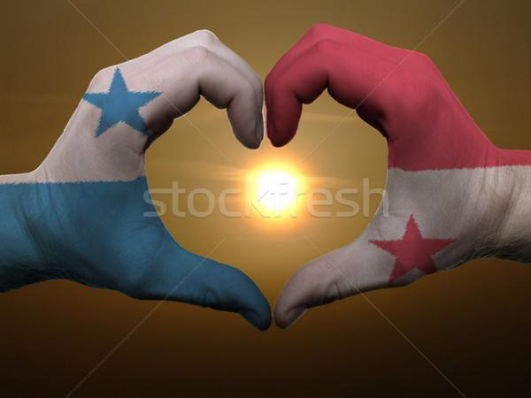 Szív szeretet kézmozdulat kezek színes Panama Stock fotó © vepar5