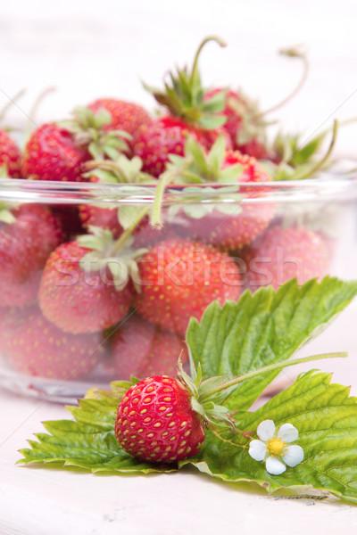 新鮮な イチゴ 花 葉 クローズアップ ストックフォト © veralub