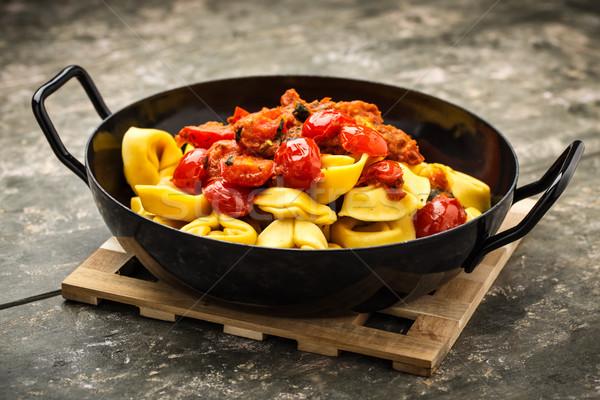 Tomate pesto frescos a la parrilla tomates cherry queso Foto stock © vertmedia