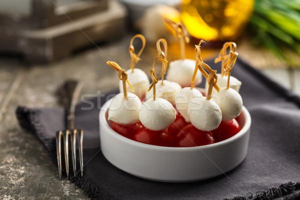 Tomates mozzarella salud almuerzo hierbas Foto stock © vertmedia
