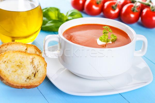 Zupa pomidorowa chleba świeże zioła obiedzie warzyw Zdjęcia stock © vertmedia