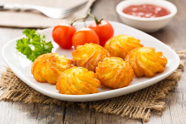 Aardappel knapperig eigengemaakt server plaat voedsel Stockfoto © vertmedia
