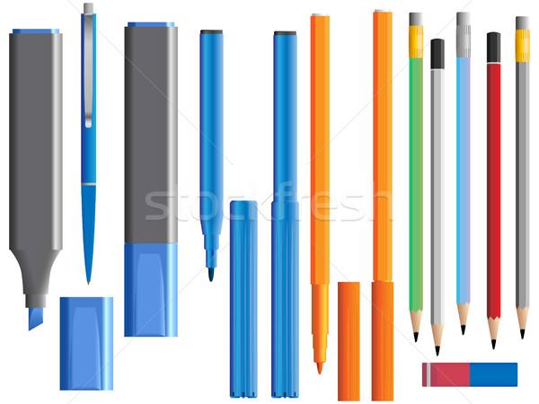 Conjunto diferente canetas lápis caneta preto Foto stock © Vertyr