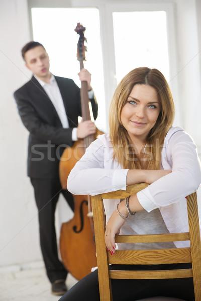 Sorriso desfrutar jogador apresentação música homem Foto stock © vetdoctor