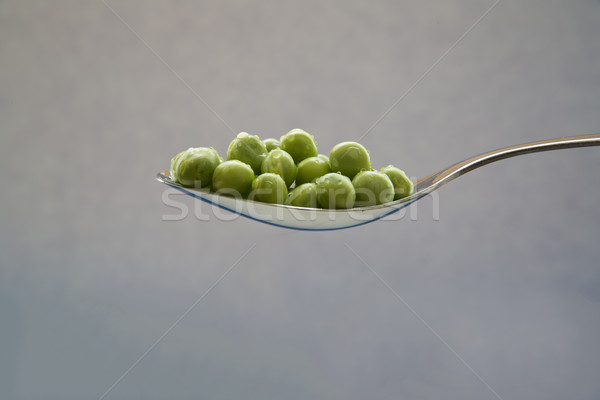 Verde ervilhas pronto alimentação colher fundo Foto stock © vetdoctor