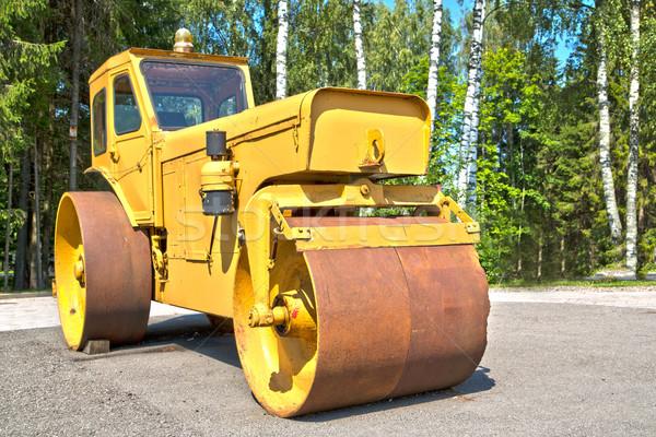 Nagy gép henger út fa város Stock fotó © vetdoctor