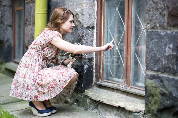 Mulher vestir desenho janela vidro rua Foto stock © vetdoctor