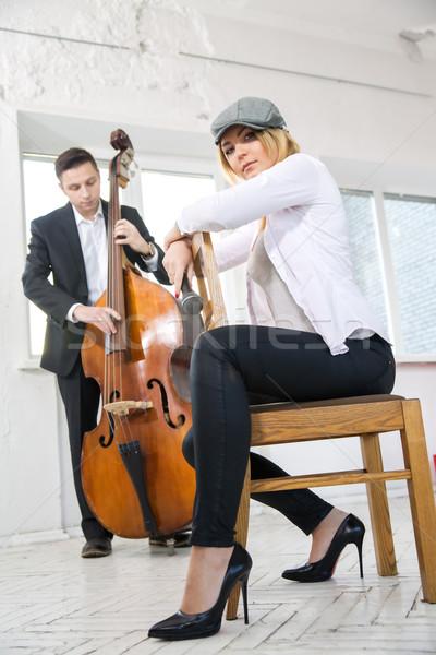 Retró stílus pár zenészek stúdió fehér zene Stock fotó © vetdoctor