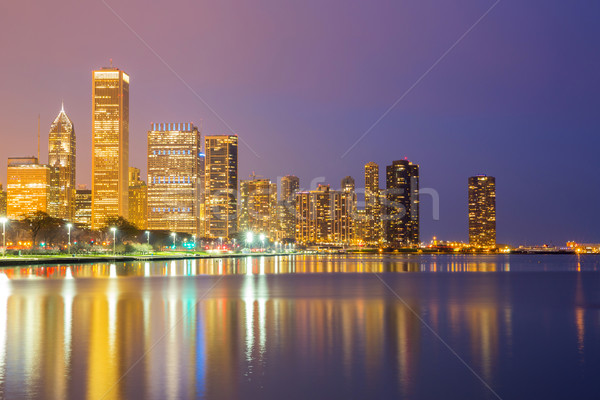 Chicago şehir merkezinde akşam karanlığı şehir göl Michigan Stok fotoğraf © vichie81