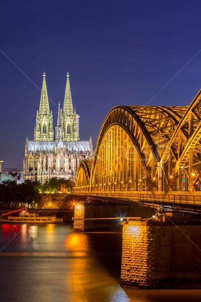 Colonia catedral Alemania puente edificio ciudad Foto stock © vichie81