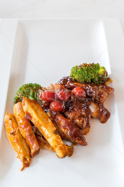 Carne de porco costela grelhado frito batata branco Foto stock © vichie81