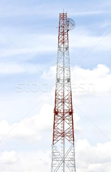 Radio antenne tour ciel bleu Photo stock © vichie81