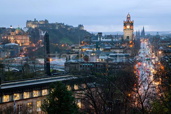 Edinburgh Skócia hercegnő utca alkonyat város Stock fotó © vichie81