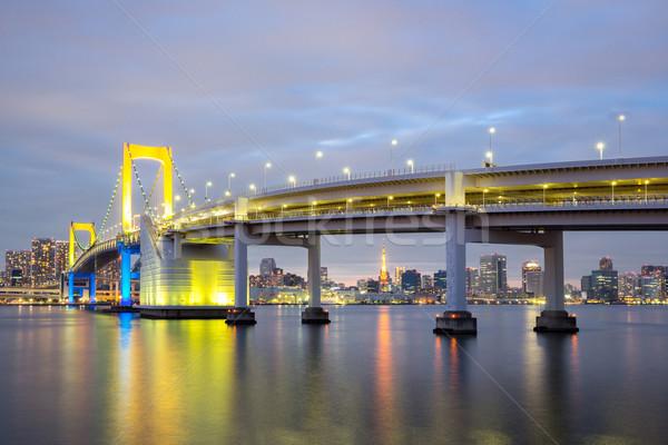 Tokio arco iris puente anochecer Japón ciudad Foto stock © vichie81