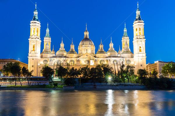 базилика Испания Lady реке сумерки Сток-фото © vichie81