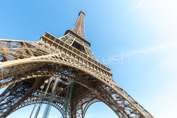 Eyfel Kulesi Paris yaz mavi gökyüzü Fransa gökyüzü Stok fotoğraf © vichie81