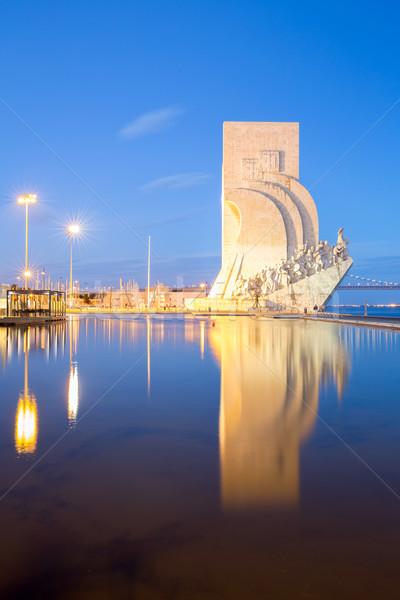 Descoberta Lisboa Portugal edifício viajar estátua Foto stock © vichie81