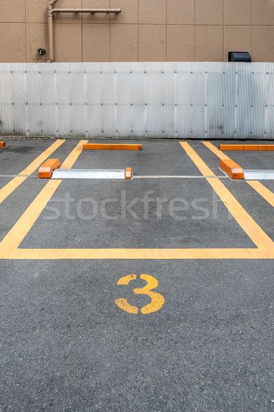 üres parkolóhely belváros absztrakt fekete építészet Stock fotó © vichie81