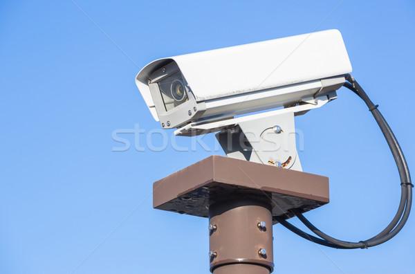 Cctv cámara de seguridad cielo azul cielo televisión vídeo Foto stock © vichie81