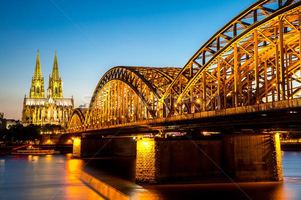 Colonia catedral Alemania puente cielo iglesia Foto stock © vichie81