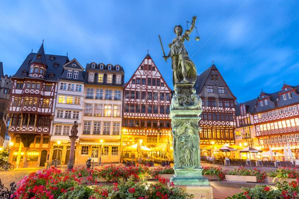 Frankfurt cidade velha pôr do sol Alemanha céu casa Foto stock © vichie81