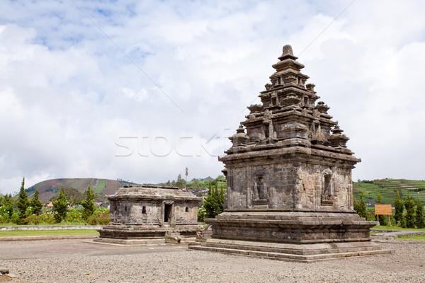 Templo complejo Indonesia meseta parque central Foto stock © vichie81