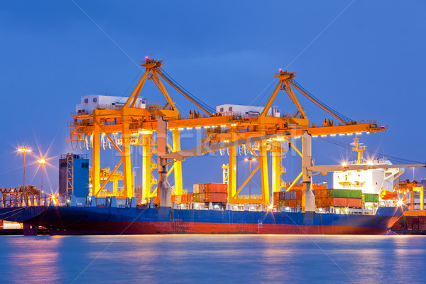импортный экспорт контейнера груза судно рабочих Сток-фото © vichie81